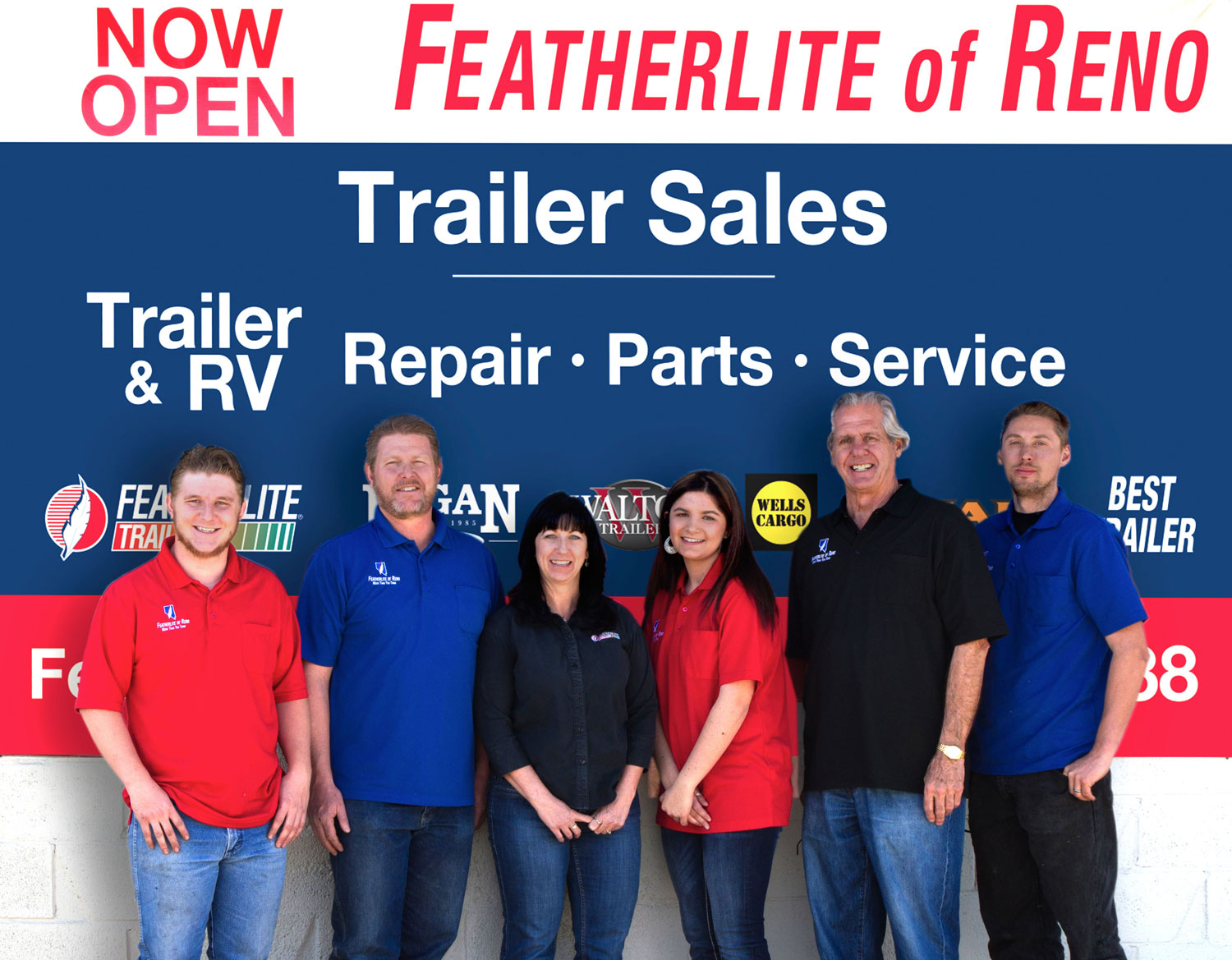 featherlite-group-photo-520