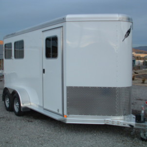 2015Featherlite 9409 Front Shot