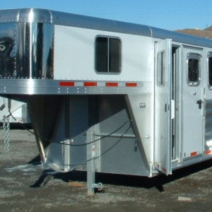 2015 FEATHERLITE 3 HORSE TRAILER DRIVERS SIDE VIEW