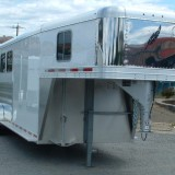 2016 FEATHERLITE 8533 4 HORSE PASSENGERS SIDE VIEW