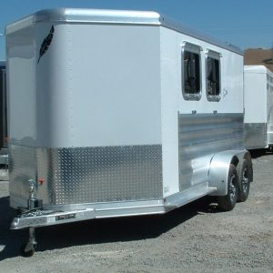 PRE-OWNED FEATHERLITE 9409 2 HORSE DRIVERS SIDE VIEW