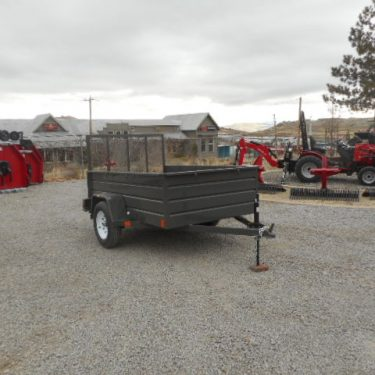 BEST 8'UTILITY TRAILER PASSENGERS SIDE VIEW