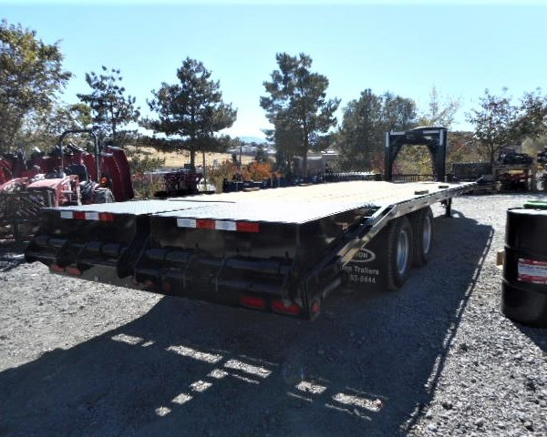 2017 8.5x24' GN Equipment Tailer Back Side View