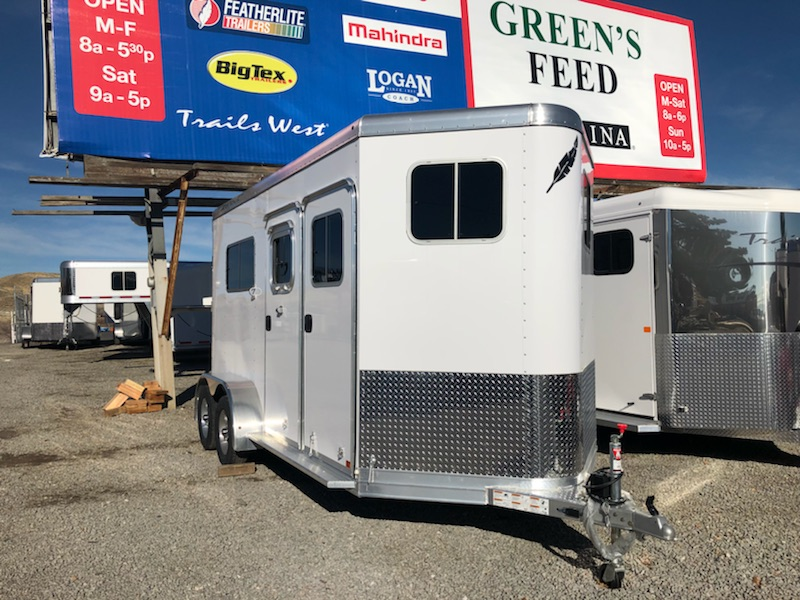 2018 Featherlite 9407 Trailer Right Side View