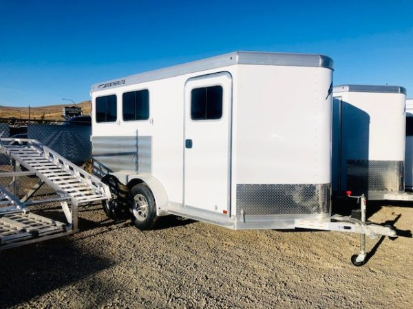 Featherlite of 7441 2H Trailer Front Passanger SideView