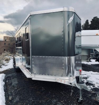 2019 Featherlite 9409 3 Horse Trailer Front Passanger Side View