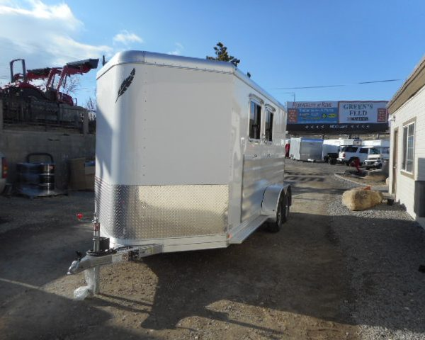 Featherlite 9409 2 Horse Drivers Side View