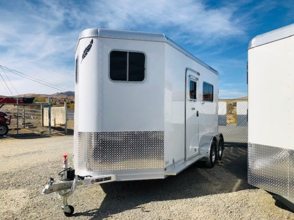 Featherlite 9407 Warmblood 2H Trailer Front Driverside View