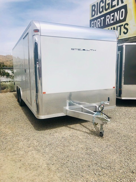 2019 Stealth 20′ Enclosed Trailer Front Passanger Side View
