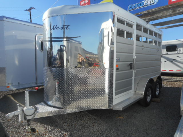 Trails West Santa Fe II 21′ Gooseneck Stock Trailer Left Frontside View