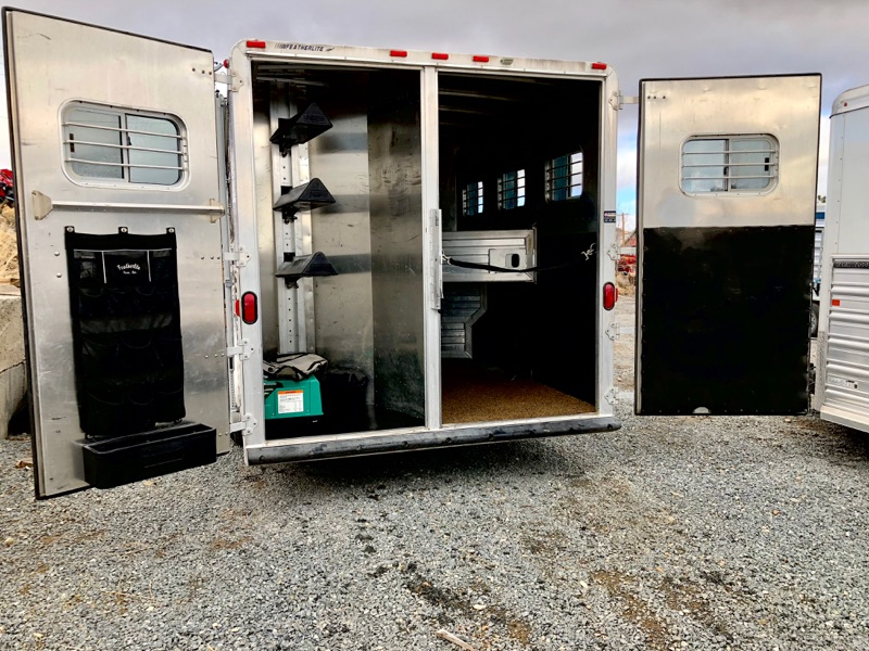 2000 Featherlite 8581 3H LQ Trailer Open Backside View