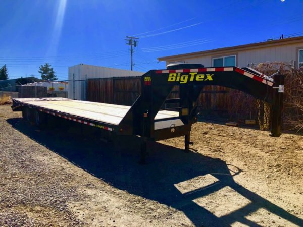2018 Big Tex 25′ Gooseneck Trailer Right Front Side View 2