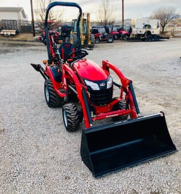 2018 Mahindra Emax S 20 Tractor Backhoe Front Passanger Side View