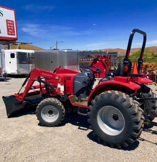 2018 Mahindra 1626 Tractor Right Back View