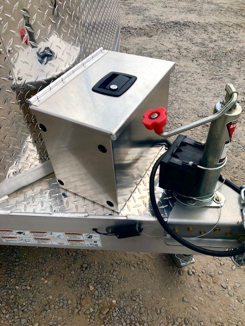 2016 FEATHERLITE 4926 28' Enclosed Car Hauler Trailer Battery Box