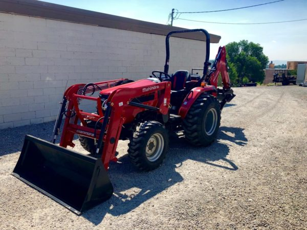 2018 Mahindra 2638 Tractor Front Driverside View