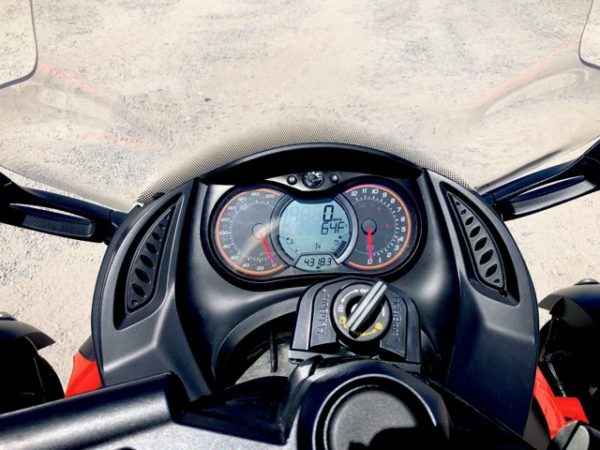 2012 Can-AM Spyder Motorcycle Spedomoter View