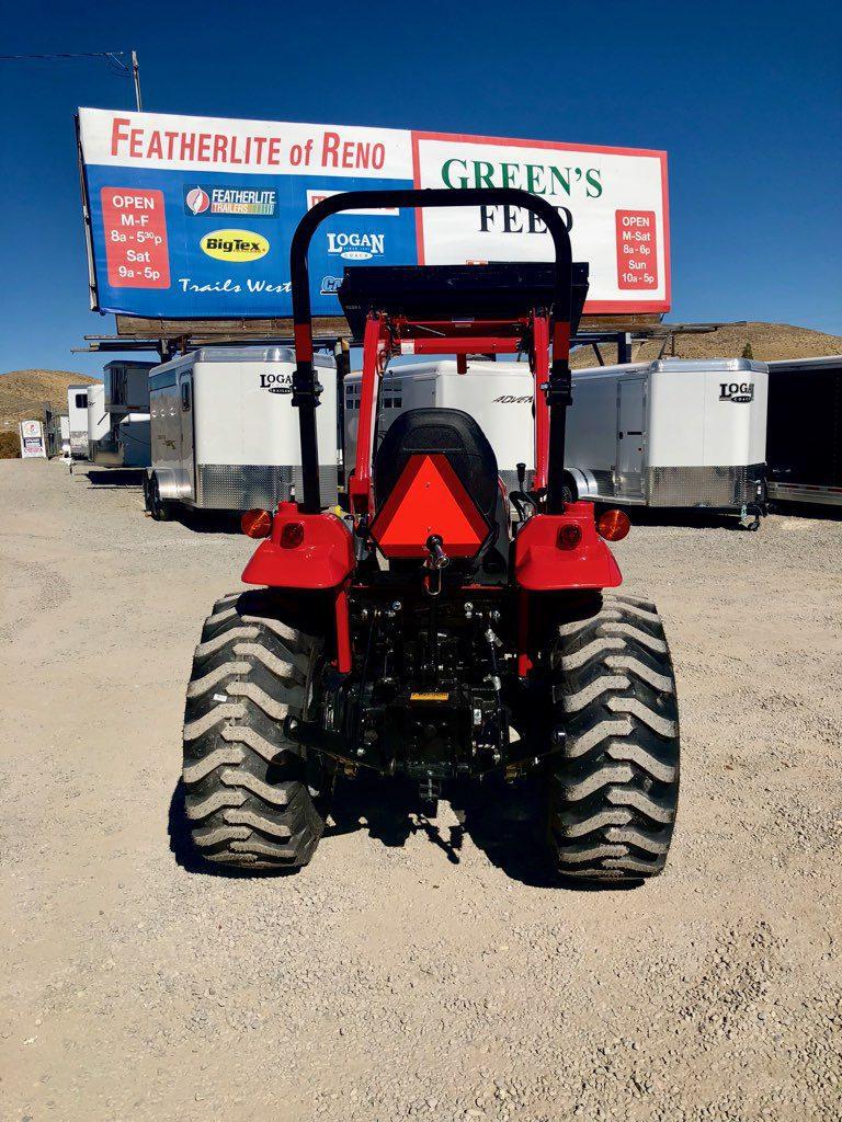 2018 Mahindra 1533 Tractor | Featherlite of Reno