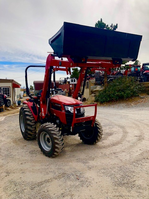 Mahindra 2638 TL Front Passanger Side View