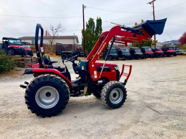 Mahindra 2638 TL Passanger Side View