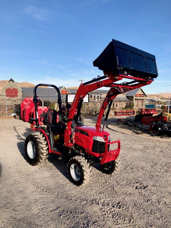 Max 26 Tractor Loader Front Passanger side View