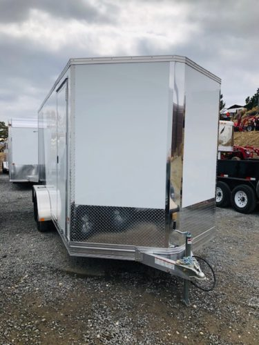 2020 Stealth V-Nose 16′ Trailer Front Passanger View