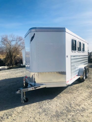 Featherlite 7441 3H Front Driverside View