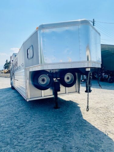 Pre Owned 2016 TUSA 9H Trailer Front Passannger Side View